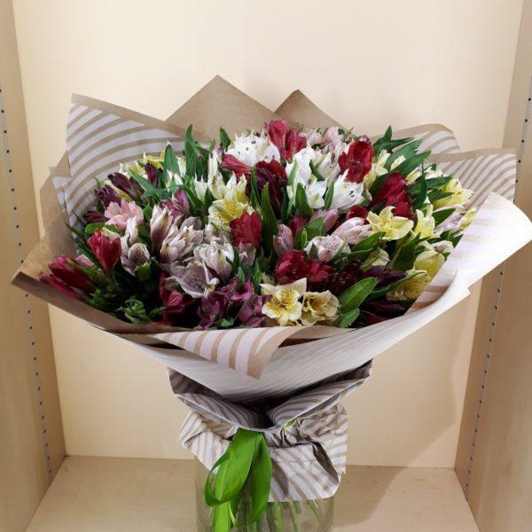 Большой букет цветов M053