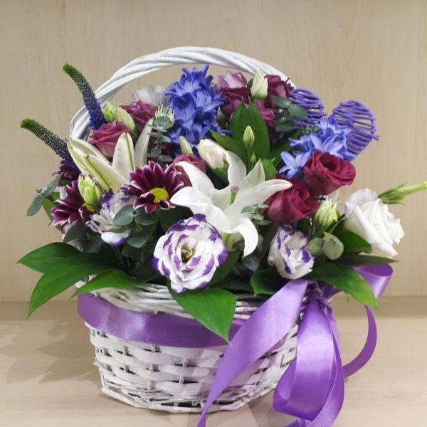 Букет из розы, хризантем, эустомы, лилий