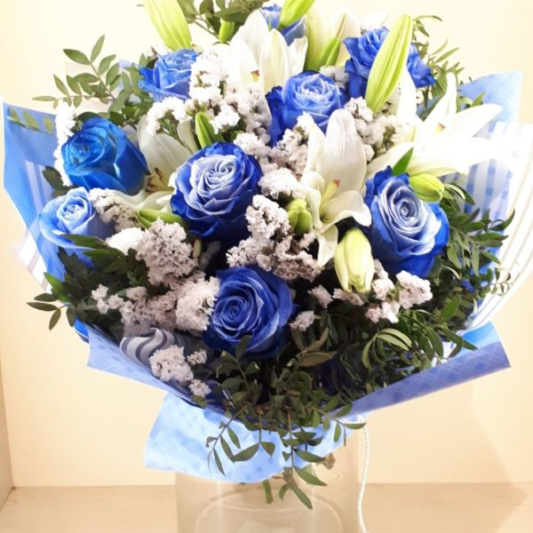 Большой букет цветов M062
