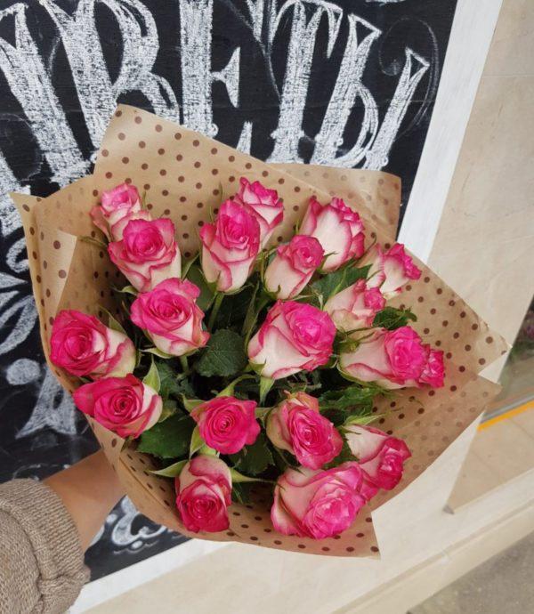Букет из кенийской розы