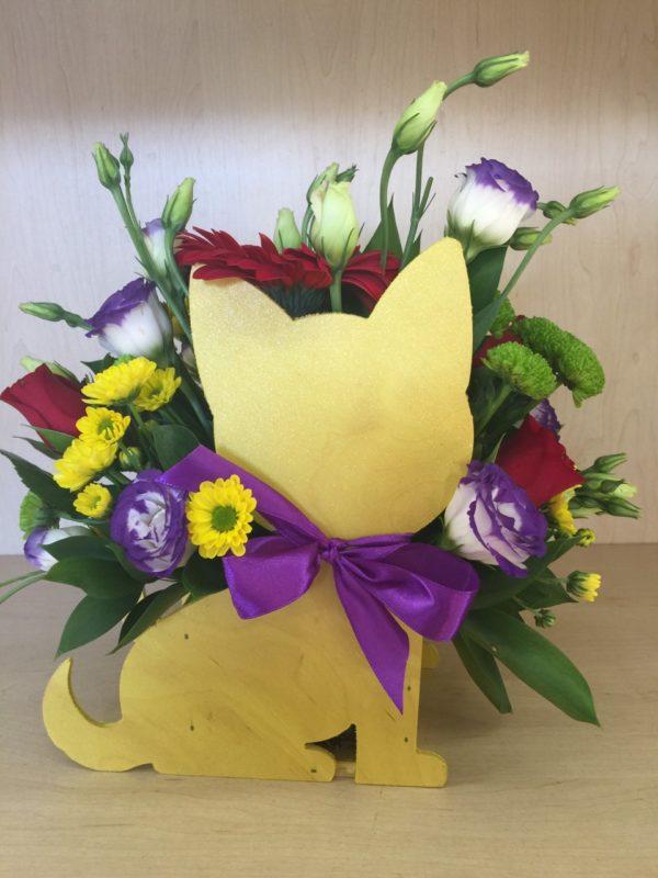 """Букет """"деревянный кот"""" состоящий из гербера, роз, эустомы, кустовой хризантемы"""